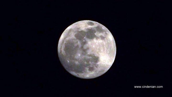 Cara Memotret Bulan Menggunakan Kamera Prosumer